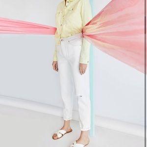 Bershka high rise white mom jeans size 4